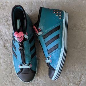 Adidas Vanity Vulc Mid ll Studded Sneaker